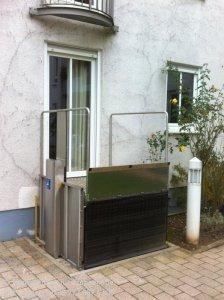 Hublift für Rollstuhlfahrer in Eisfeld bei Hildburghausen